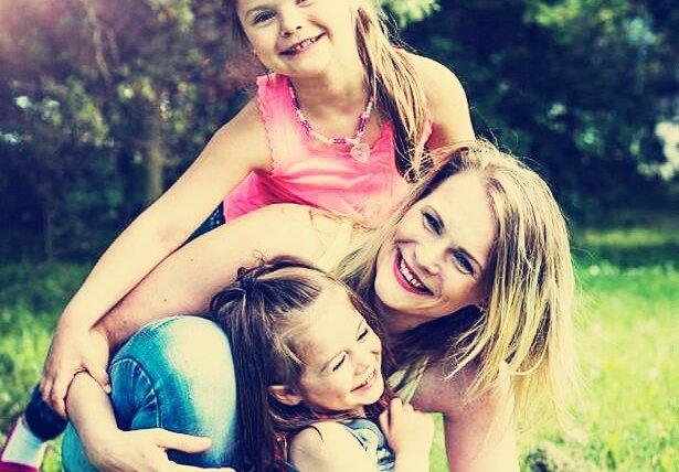 Pomohli jsme Hance a jejím holčičkám