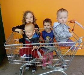 Pomohli jsme Veronice a jejím nádherným čtyřem dětem
