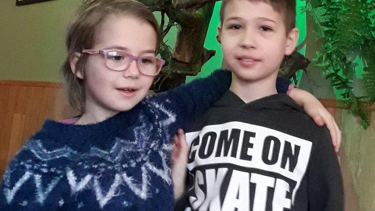 Julinka a Kryštof pojedou na tábor For Fun