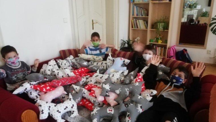 Dárky pro děti z dětského domova v Jablonném v Podještědí